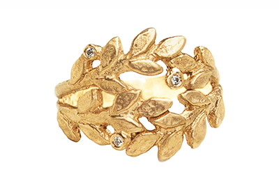 Leafs ring in gold and diamonds
