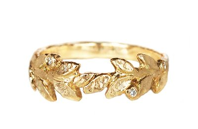 golden leaves ring with accent diamonds