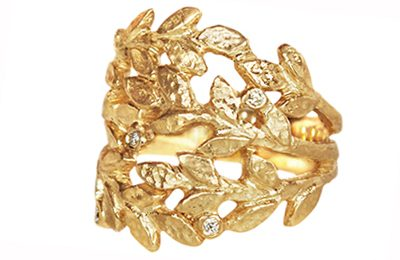 golden leaves statement ring with diamonds