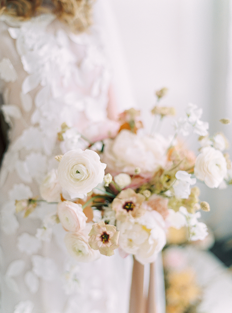 Romantic wedding bouquet from Canada